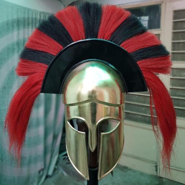 Подобные шлемы скорее всего носили стратеги - командиры. |Фото: russian.alibaba.com.